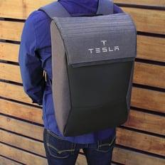 tesla-backpack